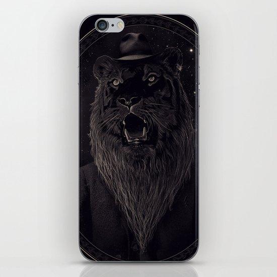 Call of the Wild Night iPhone & iPod Skin