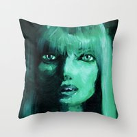 THE GREEN QUICK PORTRAIT Throw Pillow