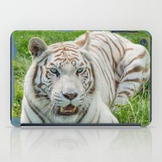 THE BEAUTY OF WHITE TIGERS iPad Case