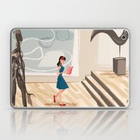 Pretty Girl At The Art M… Laptop & iPad Skin