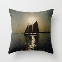 Sailing at twilight Throw Pillow
