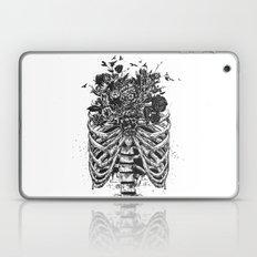 New life (b&w) Laptop & iPad Skin