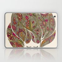 Dreaming with flowers Laptop & iPad Skin