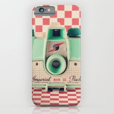 Mint Retro Camera on Red Chequered Background  Slim Case iPhone 6s