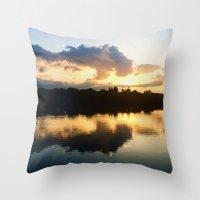 Serenidad Throw Pillow