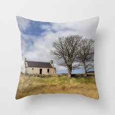 Highland Cottage. Throw Pillow