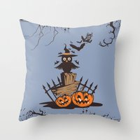 Halloween Owl Throw Pillow