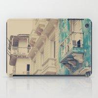 Grunge Summer Town (Retr… iPad Case