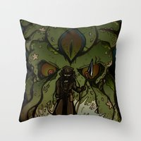 Ktulu Rises Throw Pillow