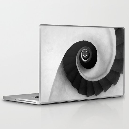 Minimal B&W IV Laptop & iPad Skin
