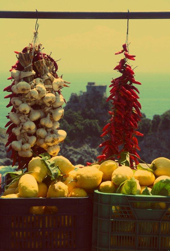 Garlic, Peppers & Lemons in Amalfi, Italy Art Print