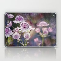 Textured Astrantia Laptop & iPad Skin
