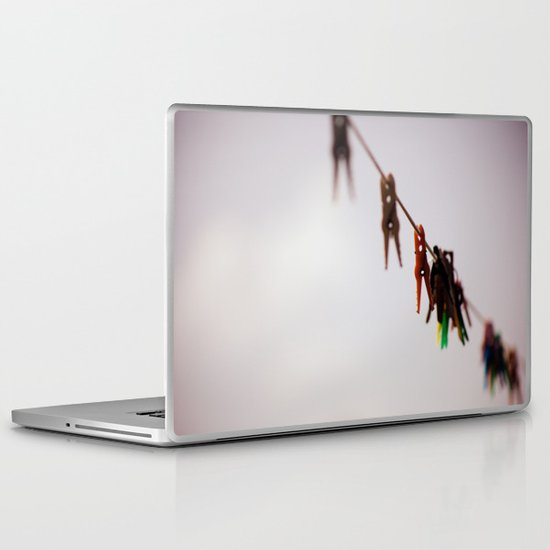 Clothespins on a rope 4496 Laptop & iPad Skin