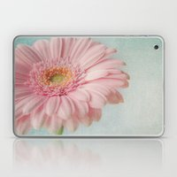 Aqua Gerbera Laptop & iPad Skin