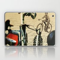 vintage retro cruiser Laptop & iPad Skin