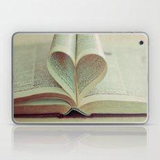 i heart books Laptop & iPad Skin