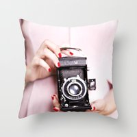 Vintage camera love Throw Pillow