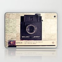 Vintage Black Camera And… Laptop & iPad Skin