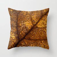 illuminated leaf Throw Pillow