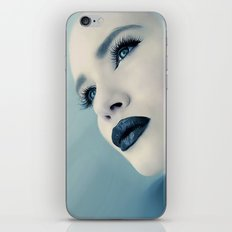CLOSING IN iPhone & iPod Skin
