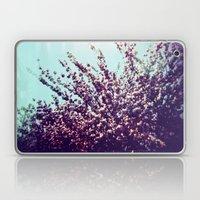 Holga Flowers II Laptop & iPad Skin
