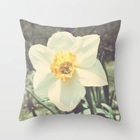 Efflorescence. Throw Pillow