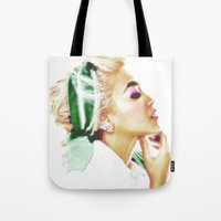 THOUGHT OF A WOMAN Tote Bag