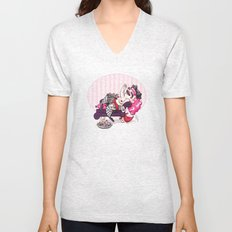 Queen of Hearts Unisex V-Neck