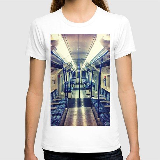 Empty tube- Victoria Line T-shirt