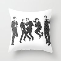 One Direction - Vintage Throw Pillow