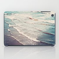 Ocean Waves Retro iPad Case
