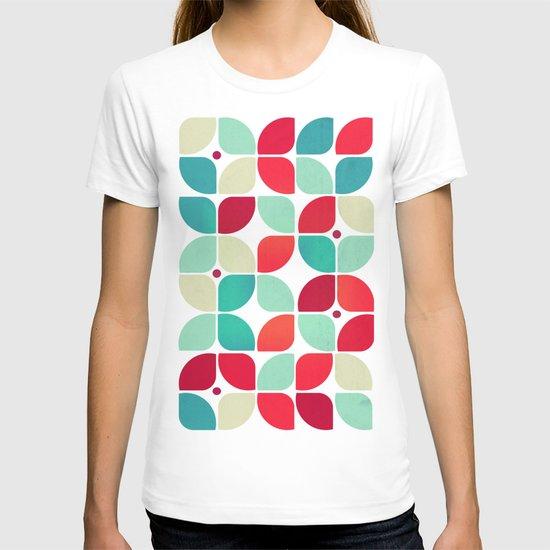 Vintage Garden Pattern T-shirt