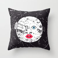 LE VOYAGE DANS LA LUNE Throw Pillow