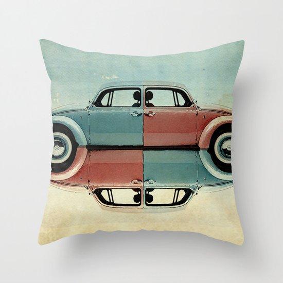 checkered bug - VW beetle Throw Pillow
