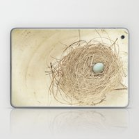 Petit Nest Laptop & iPad Skin