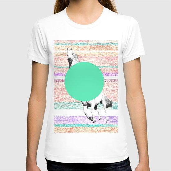 Horse, horse. T-shirt