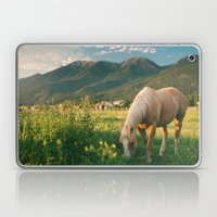 Pretty Horse Eating Gras… Laptop & iPad Skin