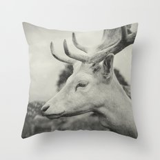 Last King (Ultimate) Throw Pillow