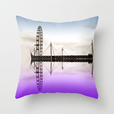 Wheel on water Throw Pillow