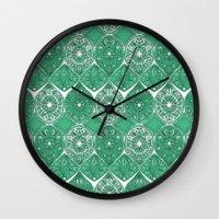 saffreya green Wall Clock