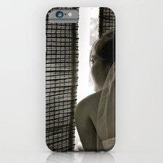 Sneaking A Peek iPhone 6 Slim Case