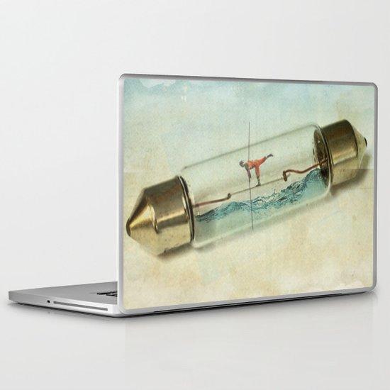 Fuse wire walker Laptop & iPad Skin