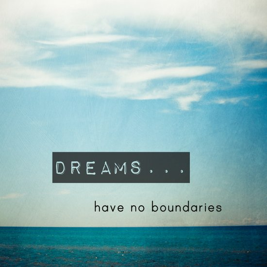 Dreams have no boundaries Canvas Print