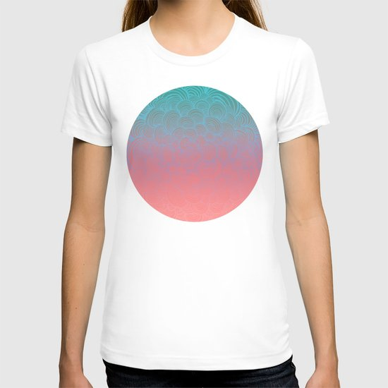 Ombre Clam Shells - Mint, Peach, Purple and Pink T-shirt