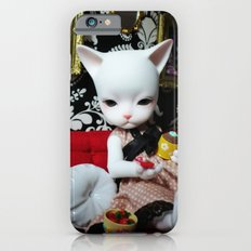 WEEKEND AT HOME (Cat Doll) iPhone 6 Slim Case