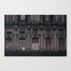 PARIS WINDOWS Canvas Print
