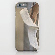 Libro y otoño.  iPhone 6 Slim Case