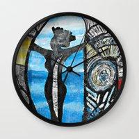 Seaside Beauty Queen Wall Clock