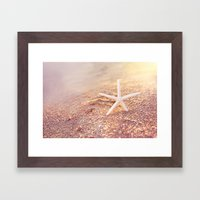 golden starfish Framed Art Print