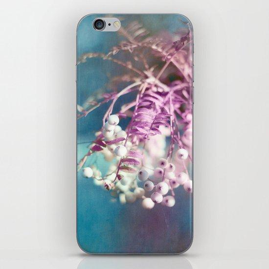 AUTUMN BERRIES iPhone & iPod Skin